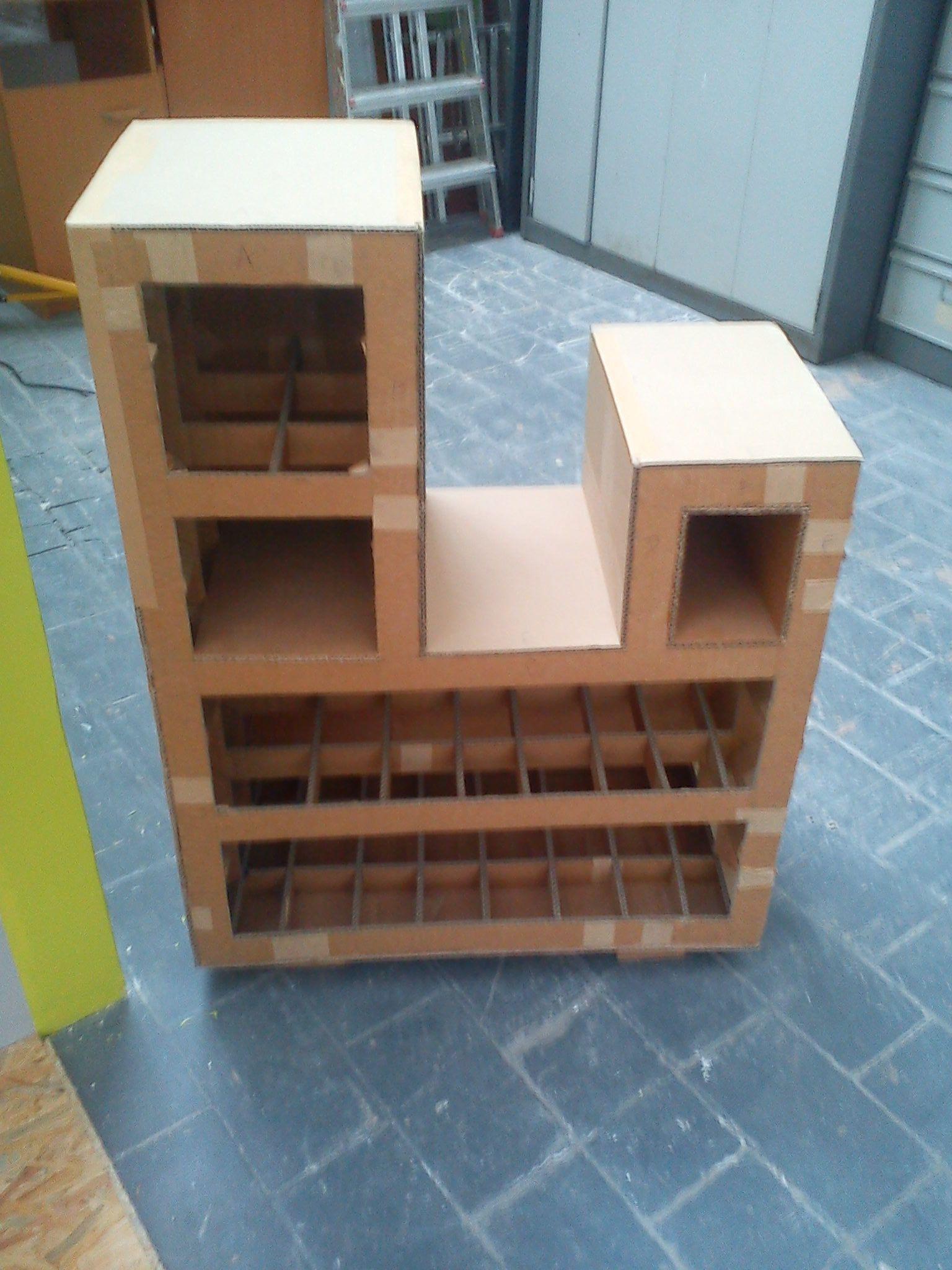 Meuble en carton for Finition meuble en carton